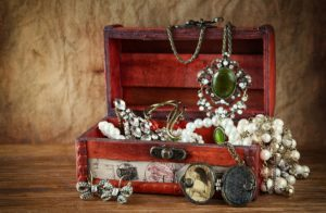 Collection of antique jewelry