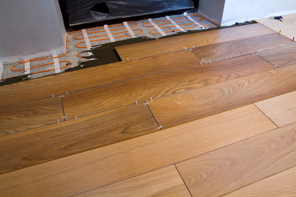 Pros and Cons of the Common Flooring