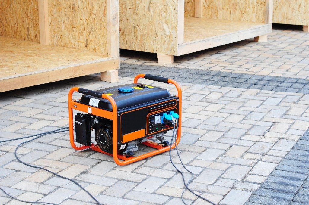 generator in balck and orange colors