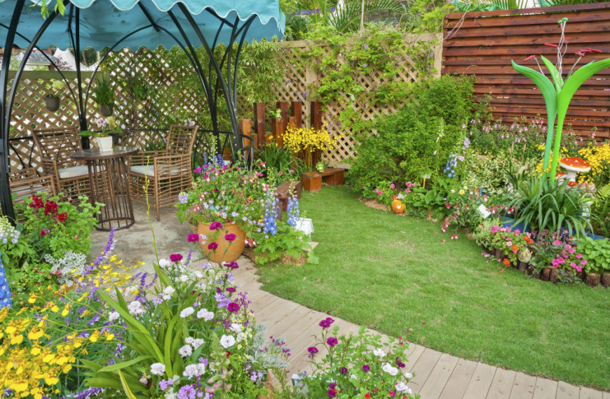 Making Your Backyard Your Favorite Place on a Budget